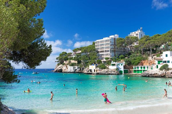 Beautiful turquoise beach of Cala Santanyi - Majorca – 5086