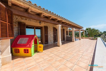 Country villa for 8 persons near Alcudia [AF065]-1
