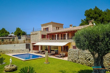 Country villa for 8 persons near Alcudia [AF065]-4