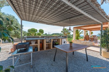 Country villa for 8 persons near Alcudia [AF065]-12