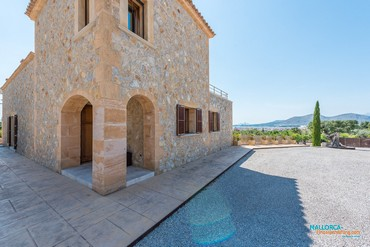 Country villa for 8 persons near Alcudia [AF065]-15